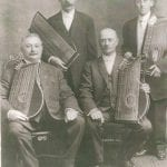 Zither On Up To This Concert