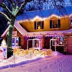 Enjoy a Jolly Ol' Ho Ho Holiday Light Tour!
