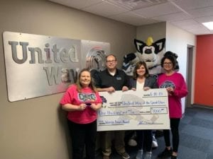 Q-C Storm Wins Amos Award, Donates To United Way