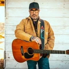 Aaron Lewis Bringing His Country State To Rhythm City