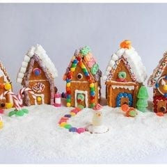 Make Your Own Gingerbread House With HyVee