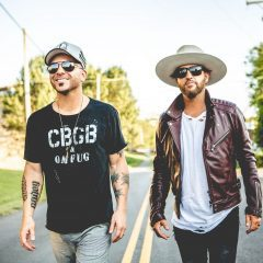 Locash Playing The Grandstand At The Mississippi Valley Fair Tonight!
